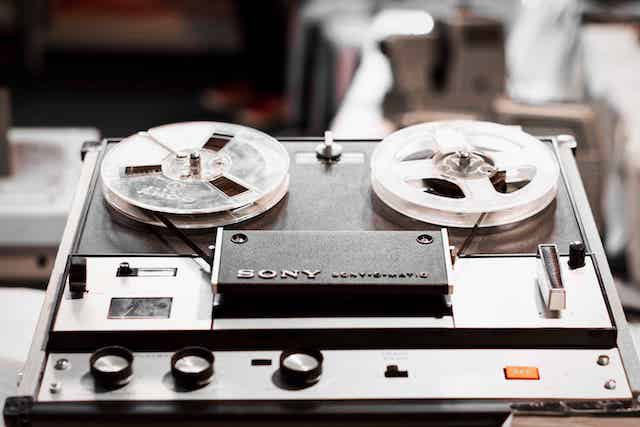 reel tape player